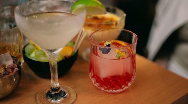 """Έρχεται να δώσει """"γεύση"""" ξανά στις Πέμπτες μας! Βόλτα για Cocktail Pairing!"""