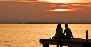 couple_sunset_sea_h_630_330